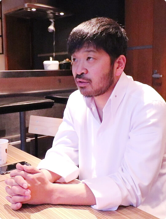KEISUKE MATSUSHIMA オーナーシェフ 松嶋 啓介様