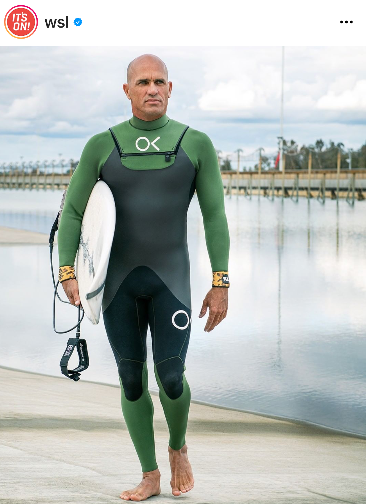 Kelly Slater prepares for The Ultimate Surfer.-1