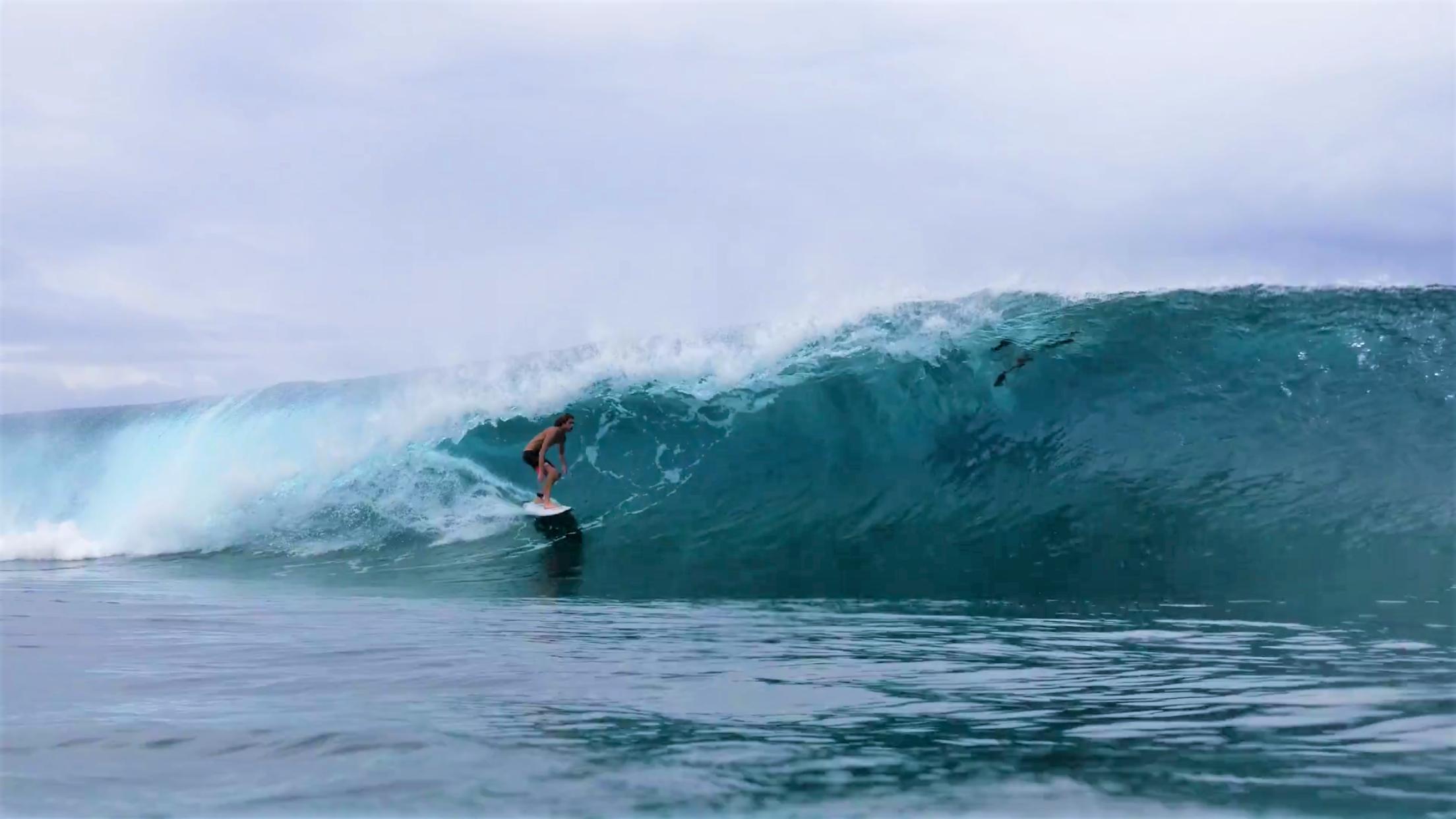 Noah Wegrich deep in Tahiti