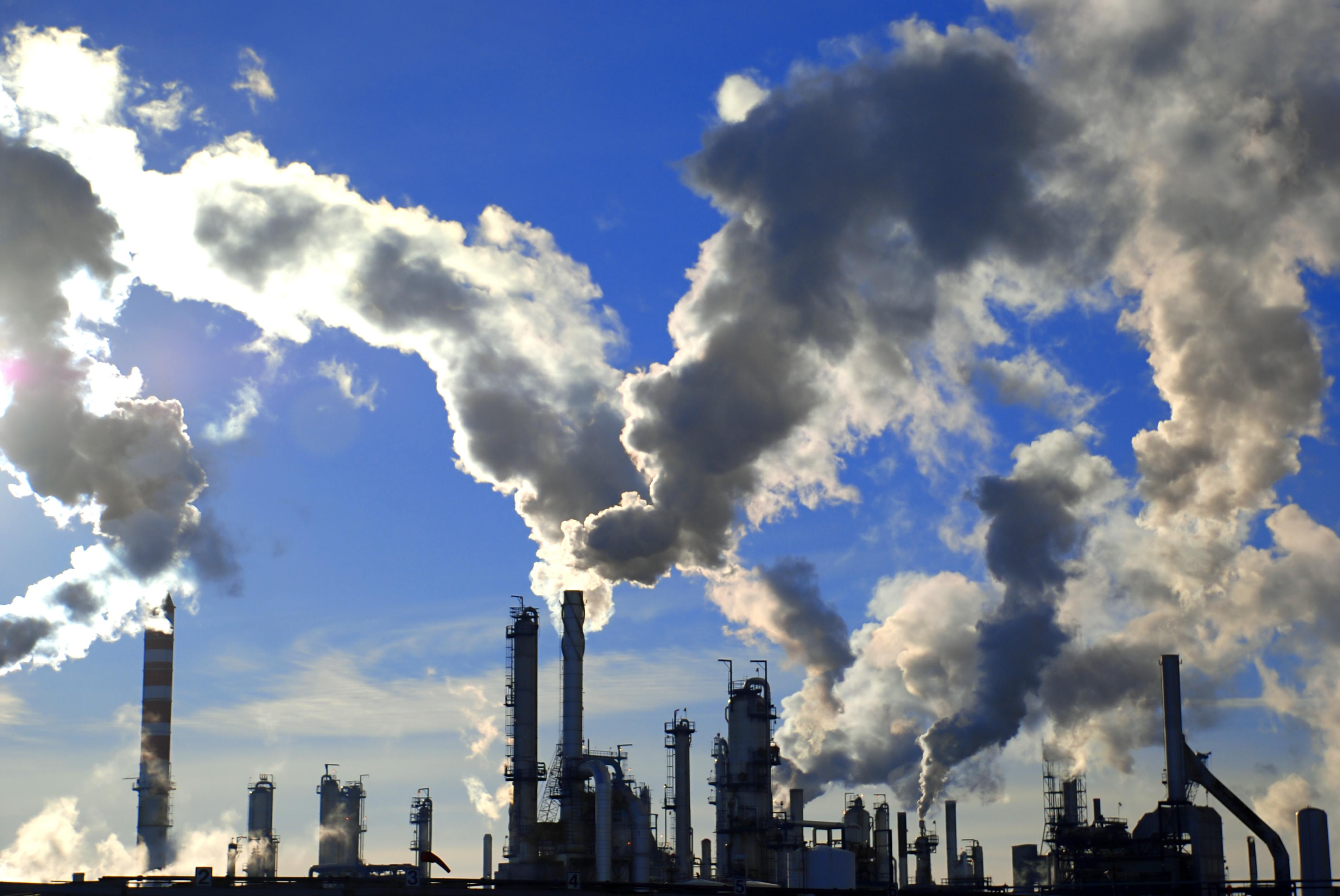 usines fumantes considérées risquées par l'état des risques et pollution