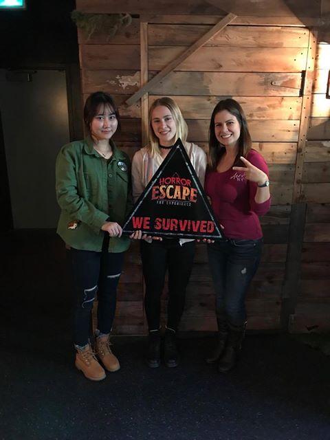 GV 학생들은 캐나다 빅토리아에서 탈출 실을 체험합니다.
