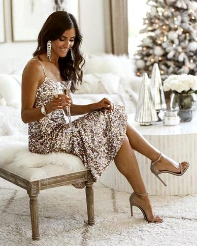 Oggi Tendencias Navidad 2020 vestido lentejuelas