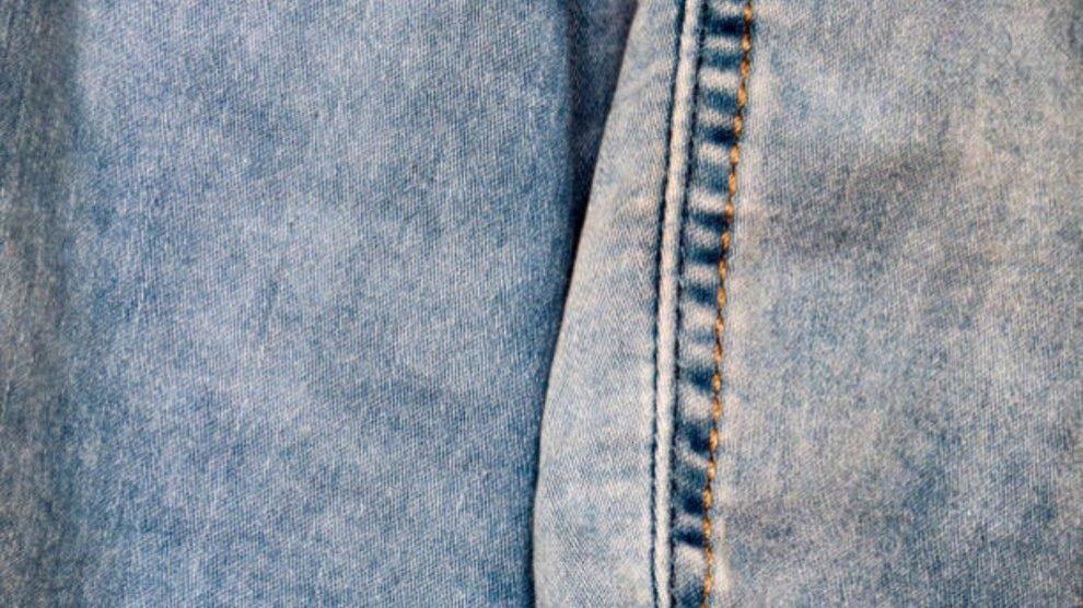como-desgastar-el-color-de-unos-jeans